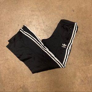 ✨Wmns Adidas track pants ✨